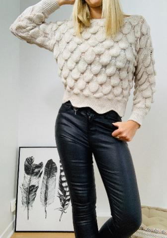 Pull court col rond en maille