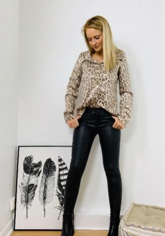 Chemise léopard femme en suédine